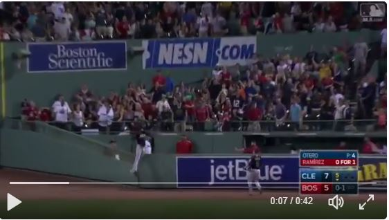 Jackson against the fence, Jackson catch 8-1-2017